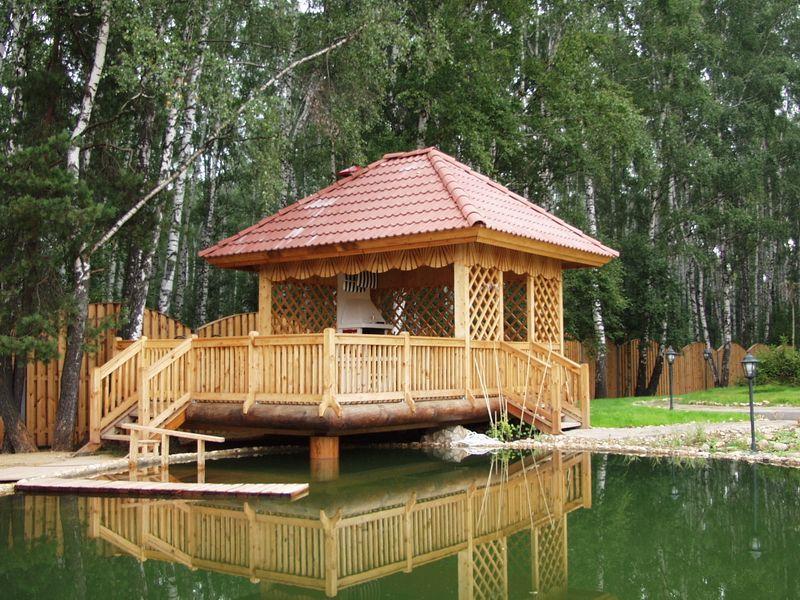 Беседки из дерева - экологичные и красивые постройки