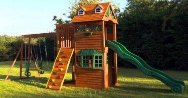 Детская площадка с горкой