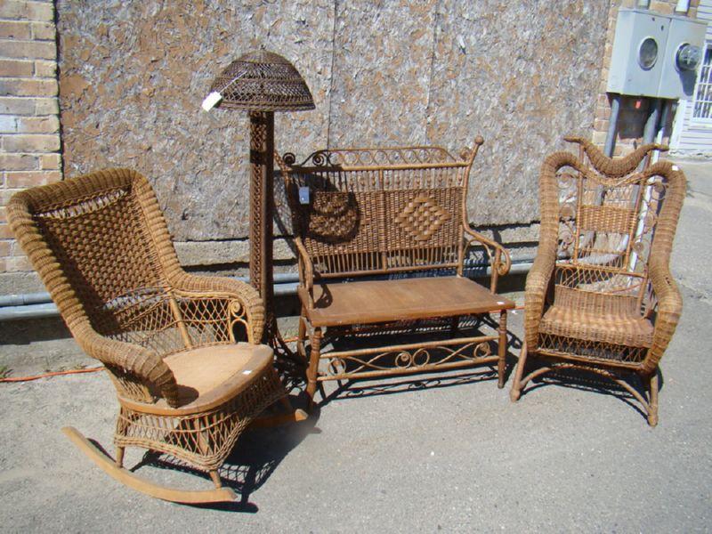 Плетенная мебель для сада