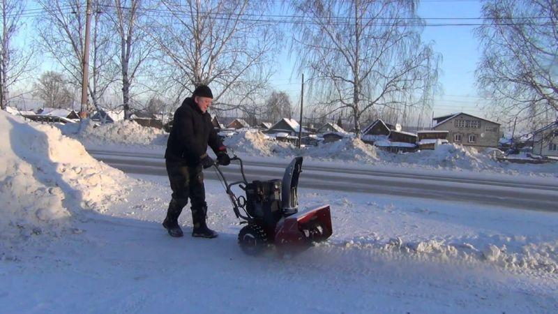 Роторный снегоуборщик изготовить очень просто