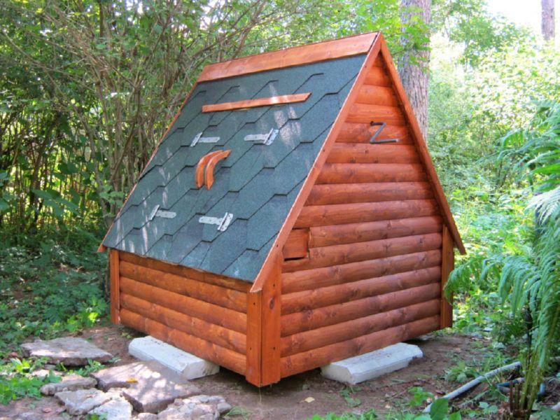 домик для колодца деревянный