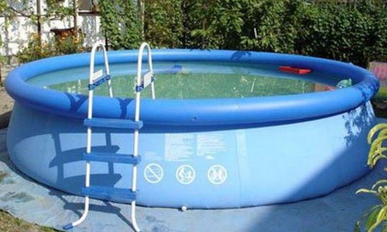 Чистый бассейн
