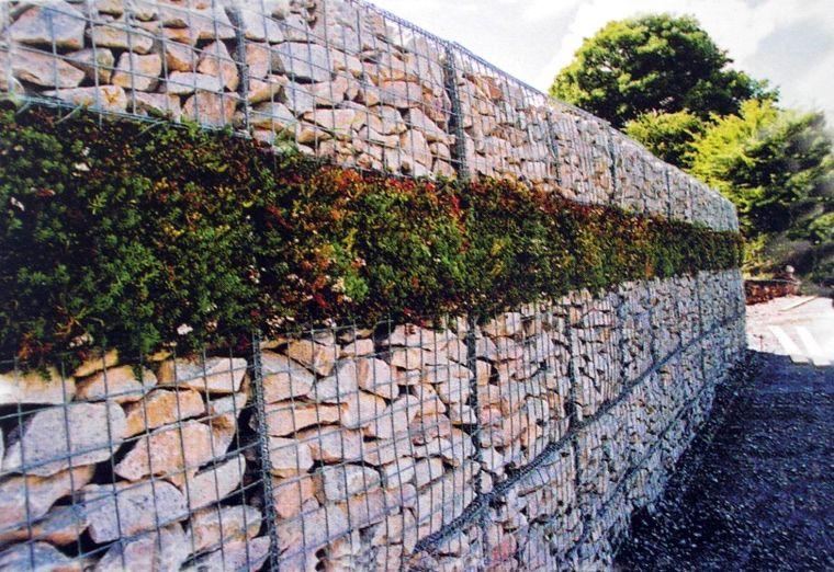 Декорирование подпорную стену