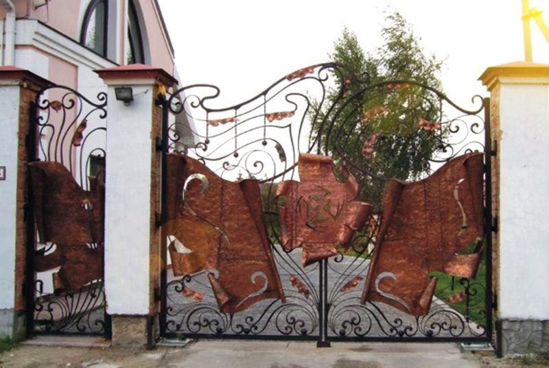 Оригинальные кованые ворота
