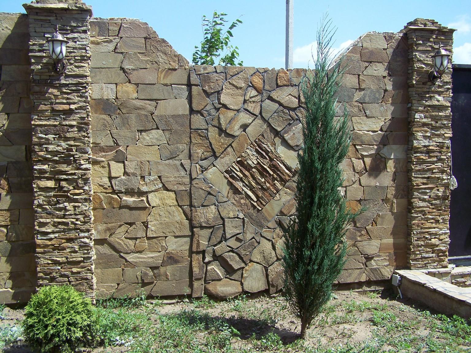 Забор из песчаника своими руками