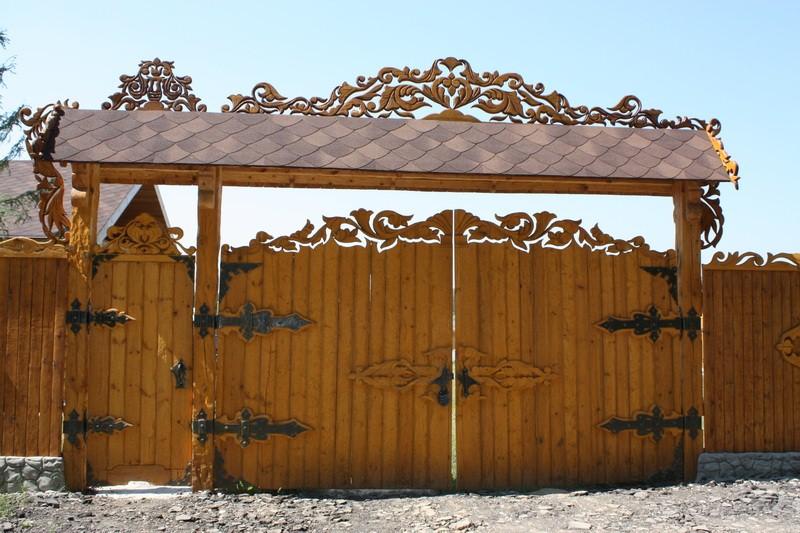 Забор и ворота из горбыля