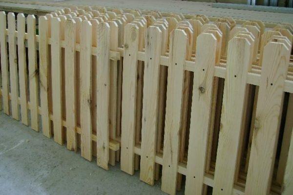 Заборы из дерева своими руками