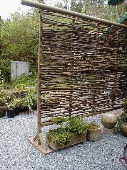 Плетеный забор своими руками: как изготовить ограду-плетень