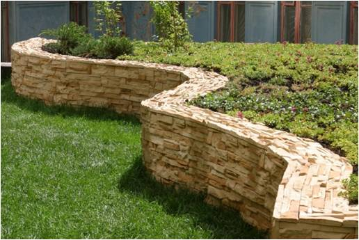 Подпорная стенка из камня, бута, кирпича, бруса, шпал, габионов