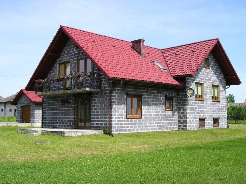 Современный дом из пеноблоков