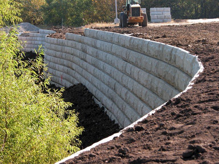 Подпорная стенка из бетона своими руками 92