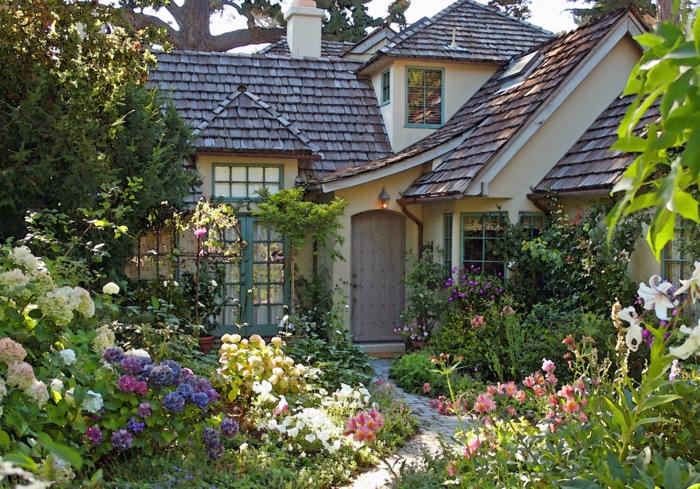 Красивый палисадник перед домом своими руками: сам себе дизайнер