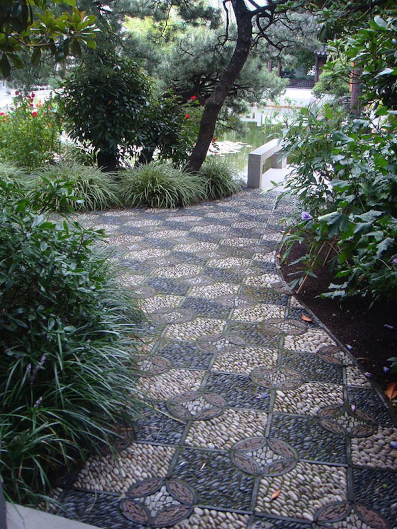 Дорожки в саду: как сделать своими руками красивую дорожку из гальки