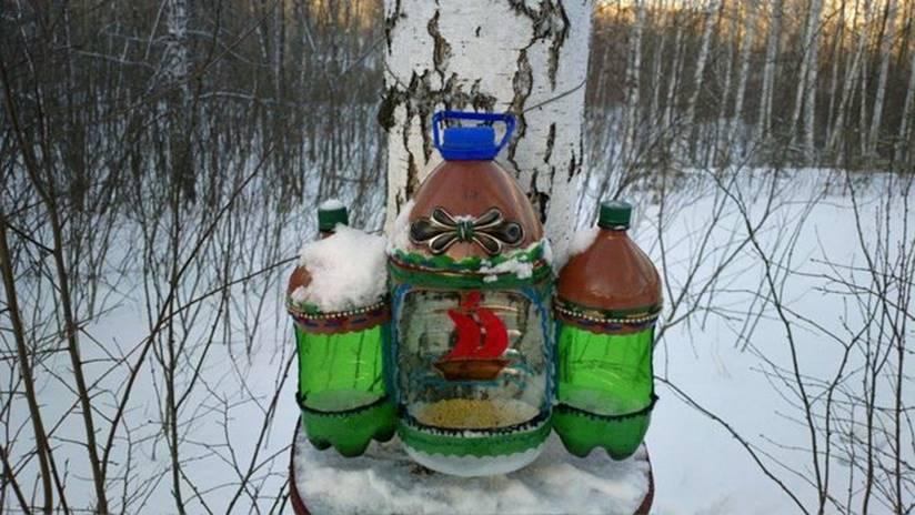 Скворечник из бутылок