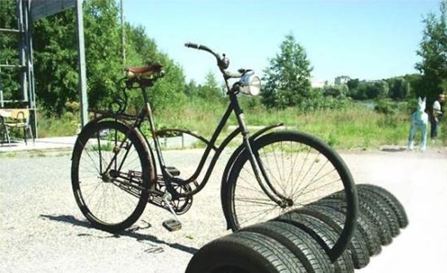 Оригинальная велопарковка
