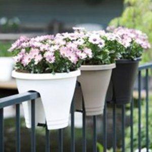 Балконные горшки для цветов