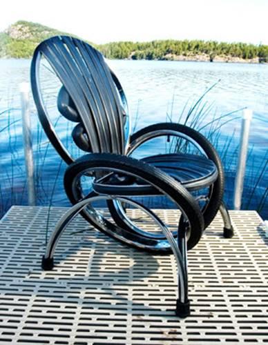 Кресло из велосипеда