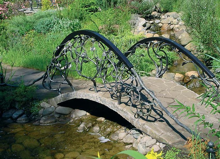 декоративный бетонный мостик